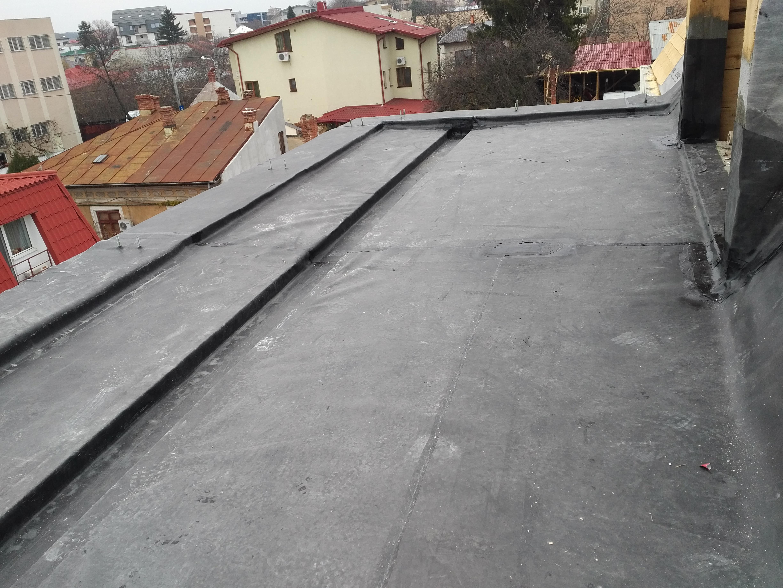 izolatie acoperis bloc-casa-mansarda