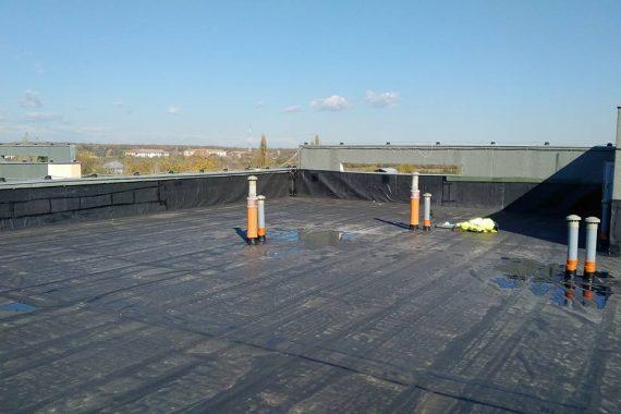 Hidroizolație la terasa de bloc Baneasa