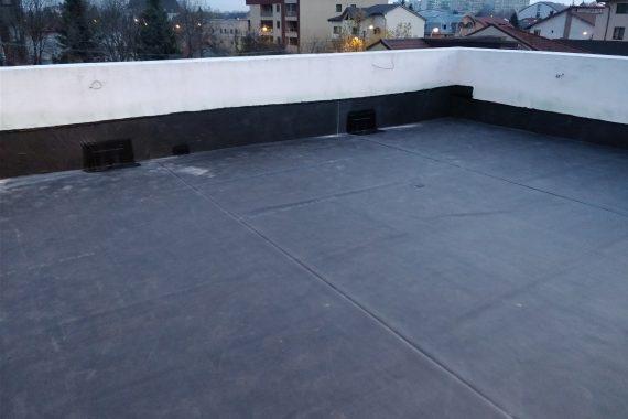 Hidroizolație la terasa unui balcon