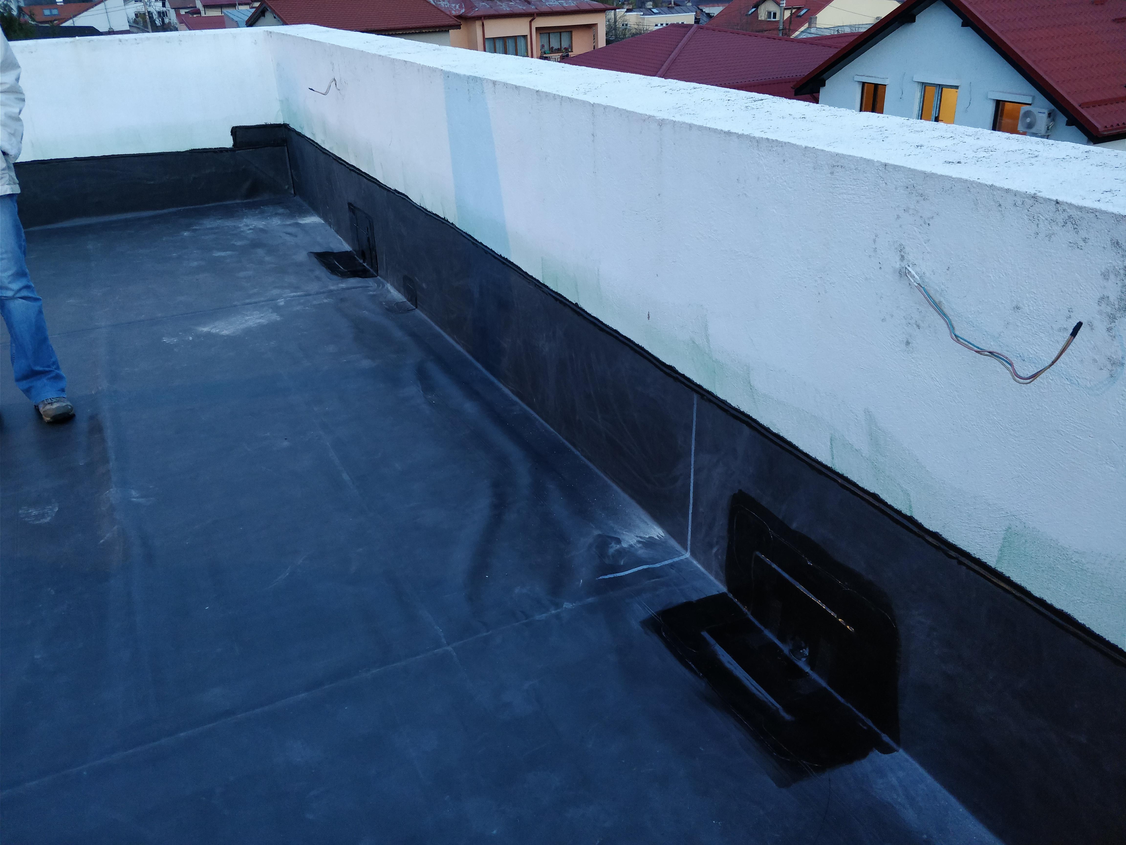 Hidroizolaţie balcon exterior şi interior pentru casa apartament